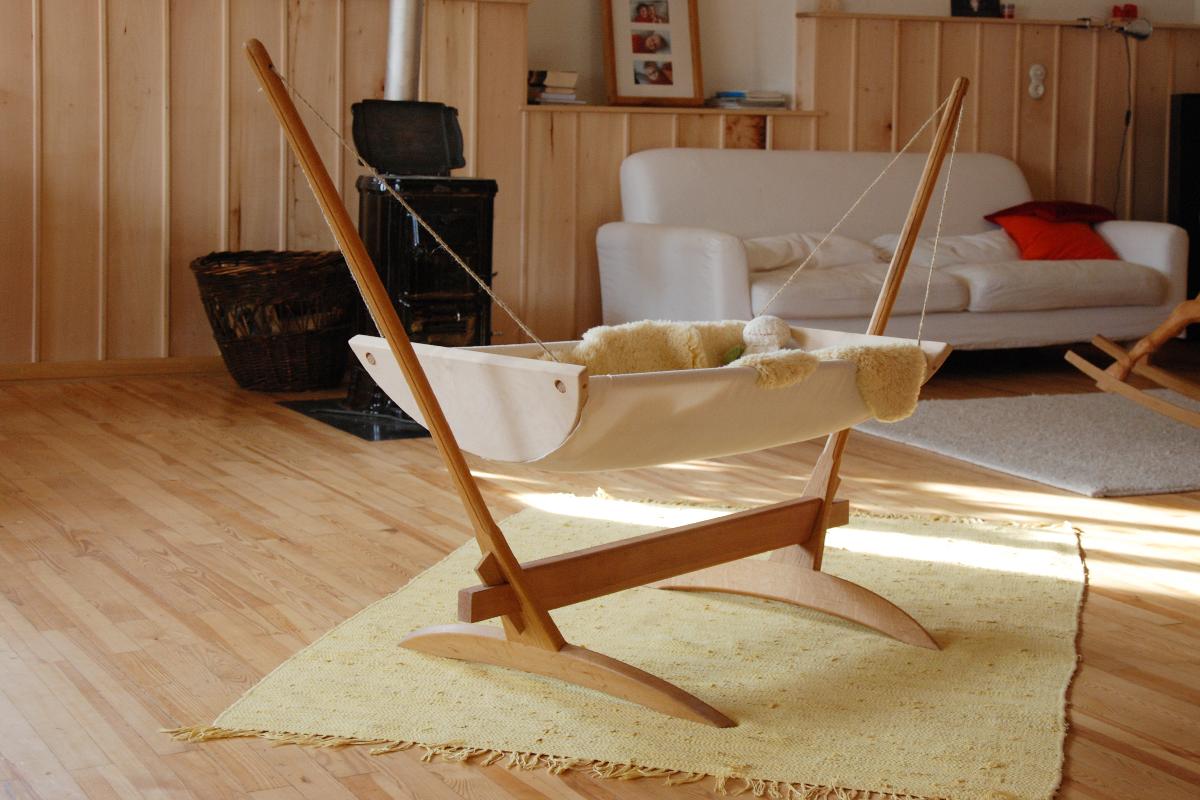 kinderwiege erdstamm erdstamm. Black Bedroom Furniture Sets. Home Design Ideas