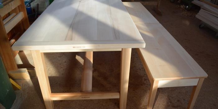 Tisch und Bänke ,Spitzahorn