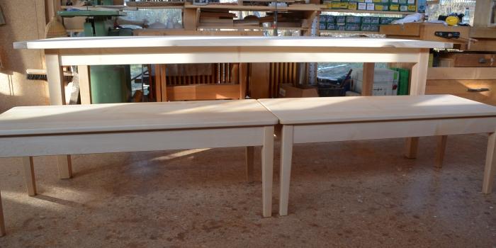 Tisch und Bänke .Spitzahorn