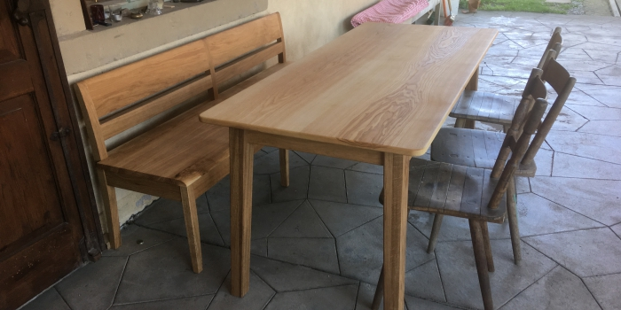 Bank & Tisch für die Veranda